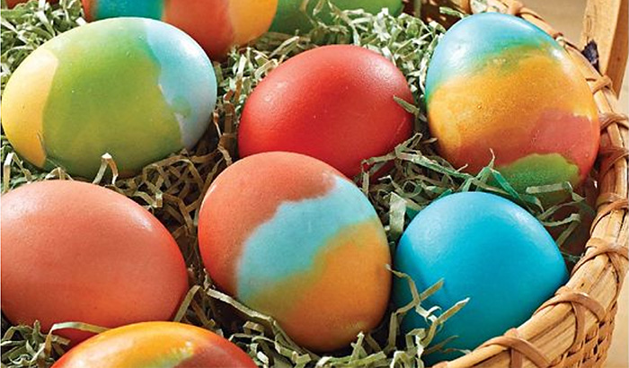 d6b95f268f44 10 Inspired Ideas for Decorating and Dyeing Easter Eggs - Child s Life