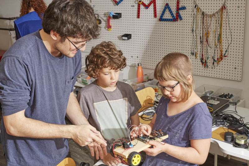 MakerKids STEM Summer Camps