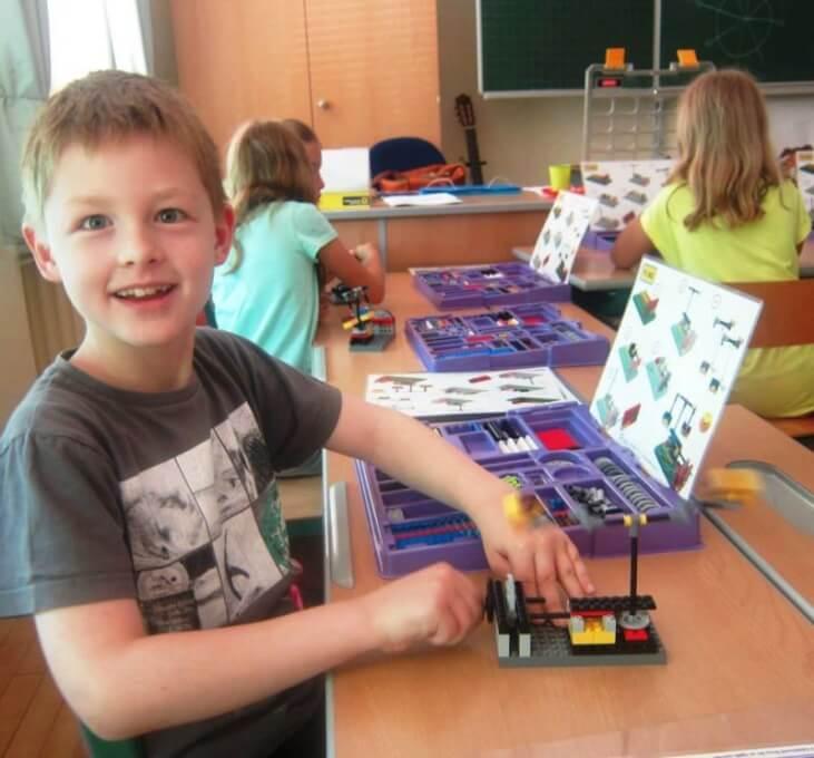 Stem School York: April STEM Enrichment Education Semester