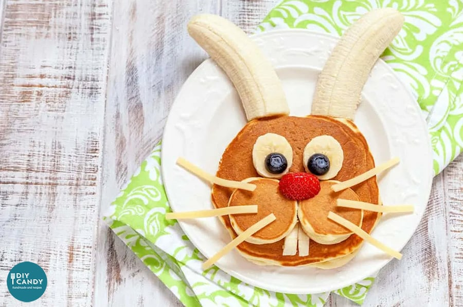Easter Bunny Pancakes from diycandy.com